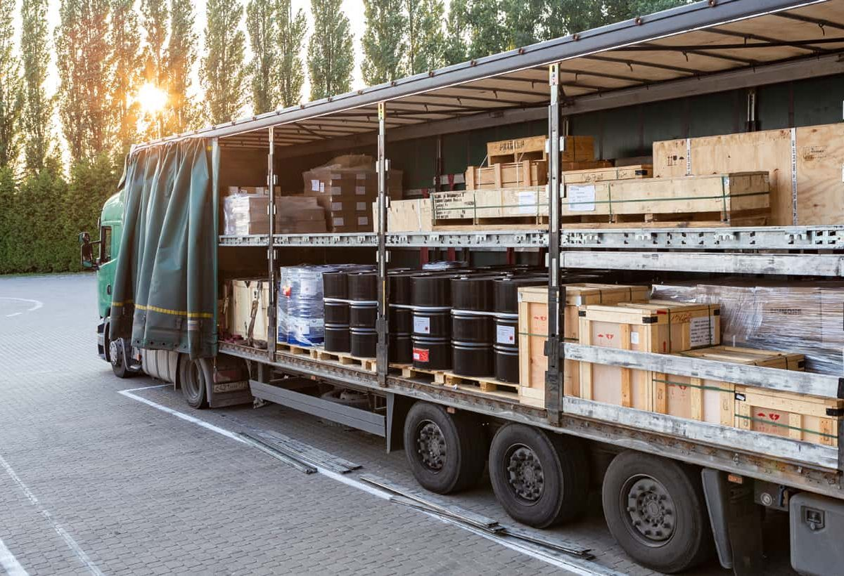 turkey-izmir-maskot-shipping-logistics-land-transport-groupage-min
